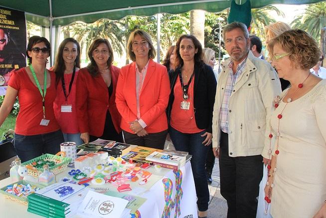 La Feria de las Asociaciones de Motril recauda 700 kilos de alimentos para el comedor social de 'Jesús Abandonado'
