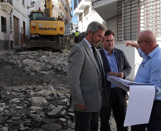 La Mancomunidad de la Costa Tropical invierte 676.184 euros en la Calle Cristo de Salobreña