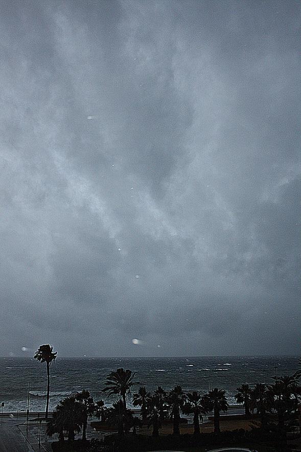 Tormenta en la costa. Vientos de hasta 82 km por hora