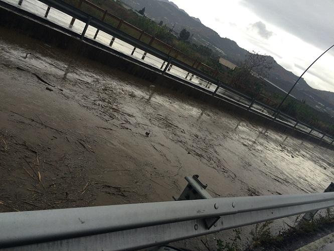 """La """"insistencia"""" de Motril para que se limpiaran las ramblas ha evitado inundaciones en la vega"""