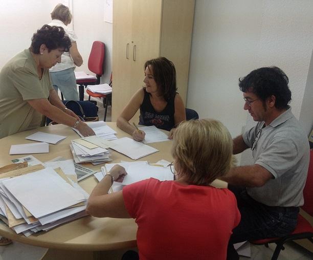 Un total de 190 trabajos optan al  VIII Certamen de Poesía Amigos de La Herradura
