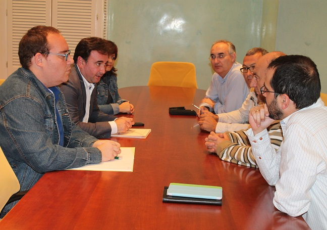 Ayuntamiento y comerciantes de Salobreña se reúnen para dar solución a las inundaciones