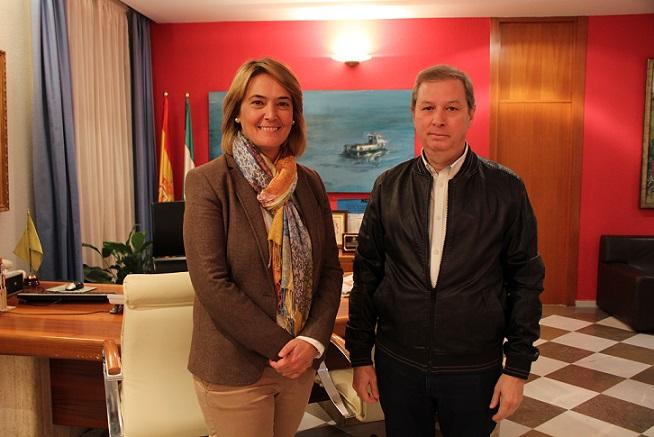 La alcaldesa se reúne con el presidente de la junta gestora de la Agrupación de Hermandades y Cofradías de Semana Santa de Motril