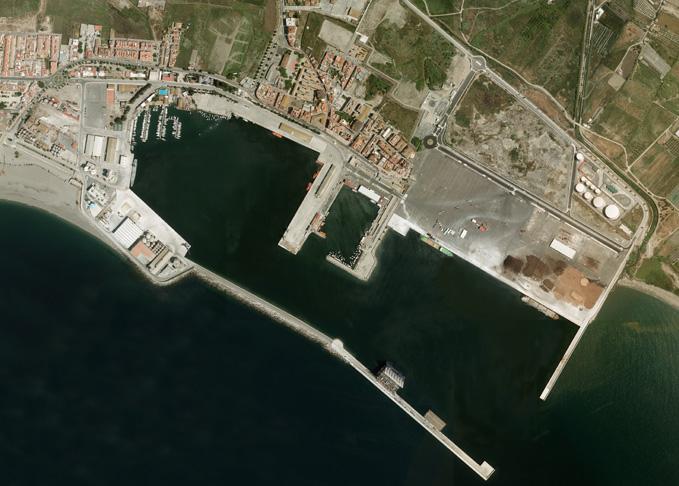 La Junta aboga por abrir los puertos a la sociedad