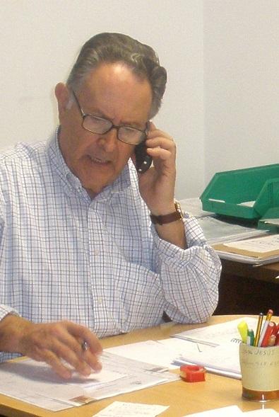 El I Premio Pepe Matías reconoce la trayectoria humana y solidaria de Manuel Olivares