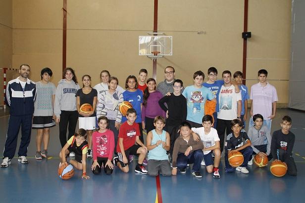 300 deportistas de Salobreña en los juegos provinciales de la Diputación