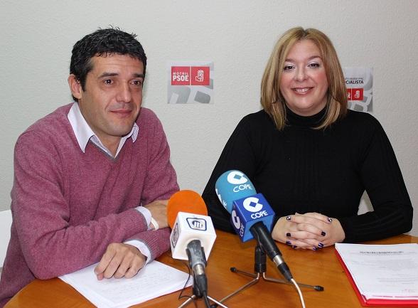 El PSOE critica el deterioro comercial en la calle Ancha y propone la creación un órgano de trabajo para reactivarlo