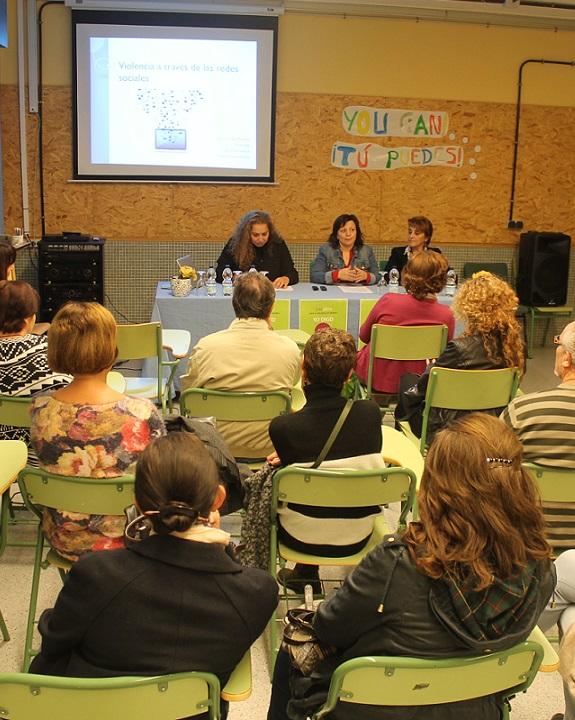 Se pone en marcha en Salobreña el proyecto provincial Conectate segur@