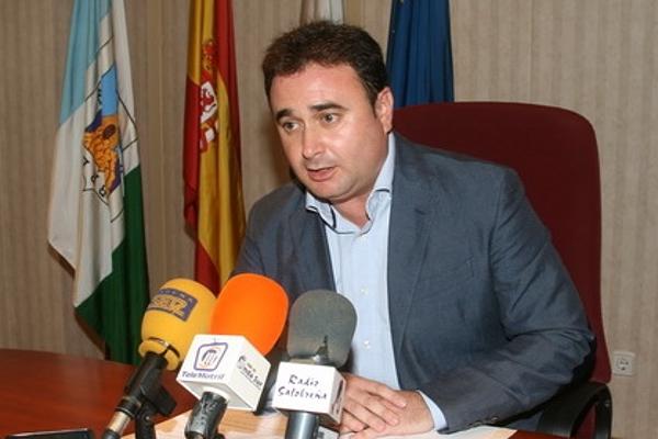 El alcalde de Salobreña lamenta el desconocimiento del funcionamiento ayuntamiento por parte de la candidata PP