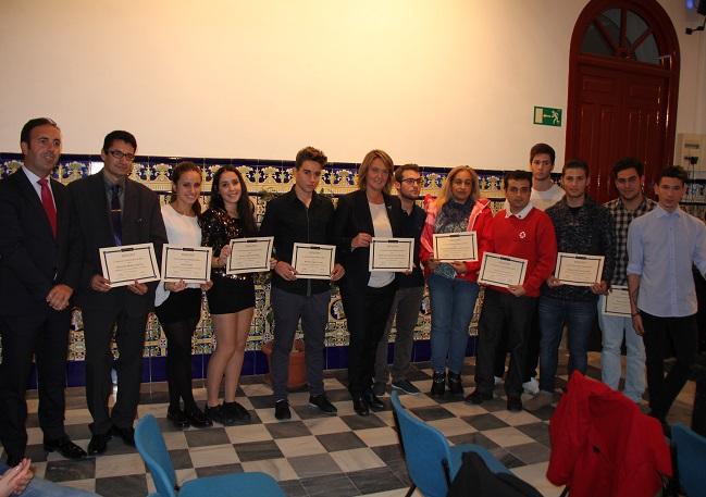Solidajoven reconoce a las instituciones y las personas que han colaborado con en esta organización juvenil