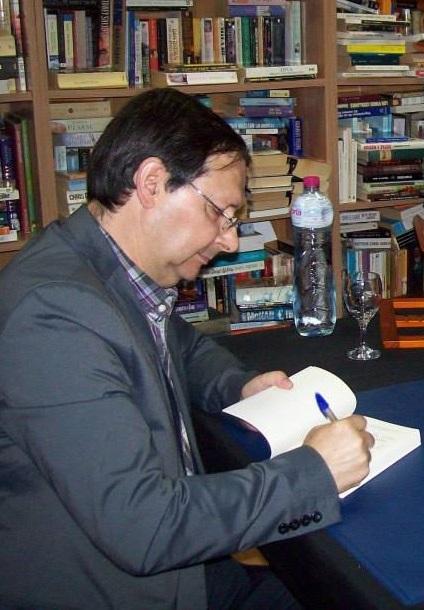 Antonio Lara presente este jueves en Almuñécar su novela