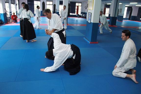 Almuñécar acoge  el III Seminario Regional de Aikido protagonizado por el maestro Lebrón Laínez