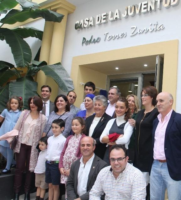 Almuñécar  pone el nombre de  Pedro Torres Zurita a la Casa de la Juventud sexitana