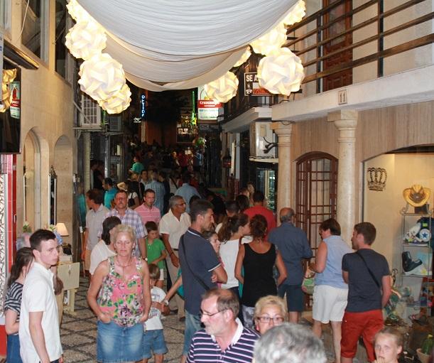 El comercio de Almuñécar celebra este fin de semana su primer Black Friday