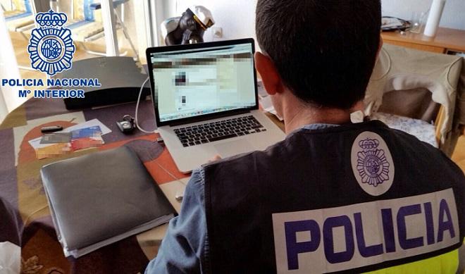 La Policía Nacional detiene a los administradores de dos populares webs de descarga de películas y series