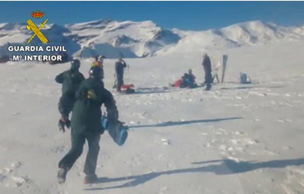 La Guardia Civil realiza dos rescates en Sierra Nevada durante el puente