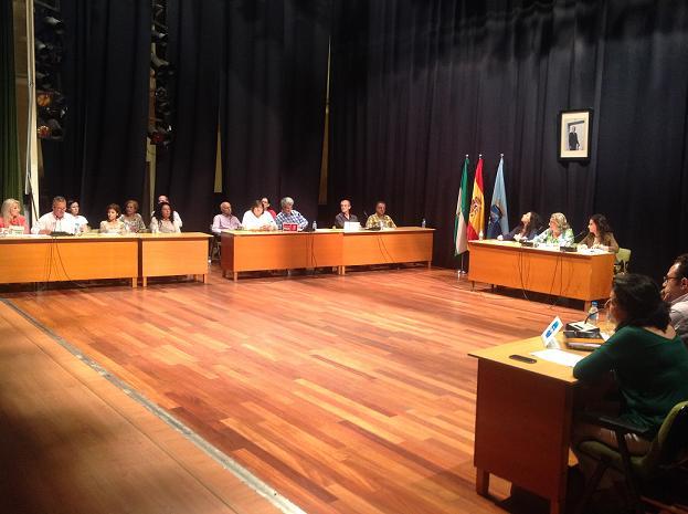 Almuñécar pedirá a la Diputación que se subrogue a los trabajadores de Turismo Tropical