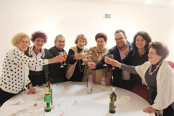 El Ayuntamiento celebró la cena de Navidad de los mayores de La Herradura
