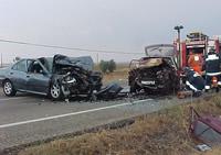 Un despiste causa un choque con cinco heridos y atascos de siete kilómetros
