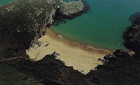 El ayuntamiento de Motril trabaja para mantener limpias las playas