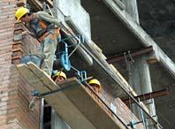 Muere el dueño de una constructora al caerle encima una piedra cuando trababaja en la obra
