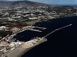Junta, Ayuntamiento y Autoridad Portuaria potencian el desarrollo del Puerto de Motril. Se prevé la construcción de un parque empresarial, una zona de actividades logísticas y un centro de transporte de mercancías